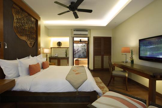 クリムゾンホテルの部屋