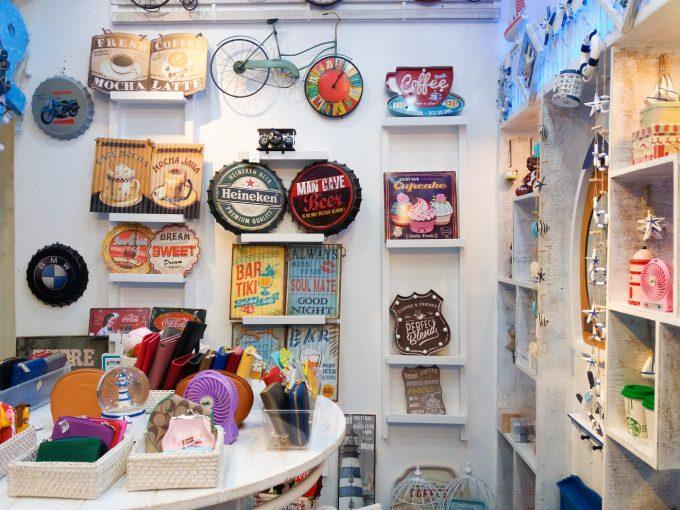 雑貨屋ミコノスの店内の写真