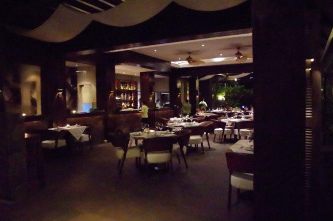 アバカレストランの内装