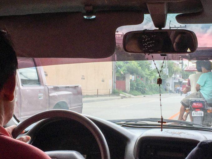 お祈りタクシー