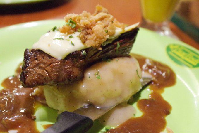 カサヴェルデのステーキ