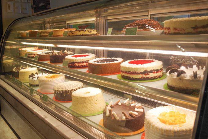 レオナのケーキメニューがイメージできる画像