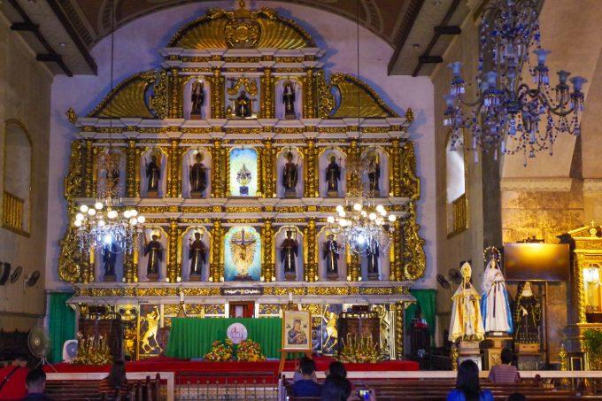 サントニーニョ教会の大聖堂の写真