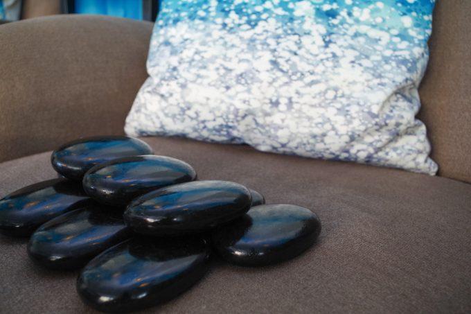 アヴァロンスパのストーンマッサージのイメージ写真