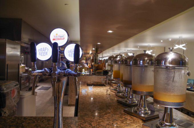 バイホテルビュッフェの飲み放題の写真