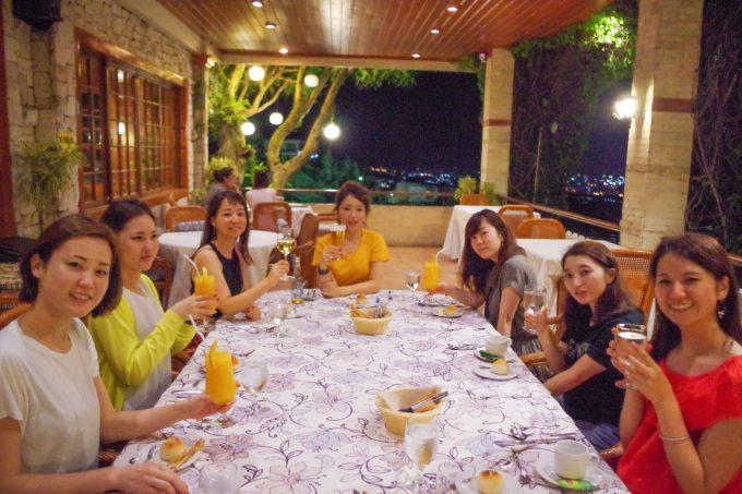 シャトーデ・ブサイの食事前の写真