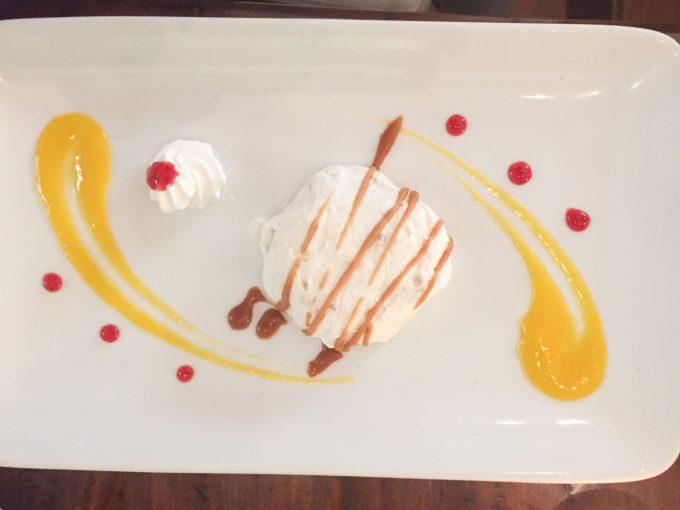 サーカ1900のオレンジのデザートの写真
