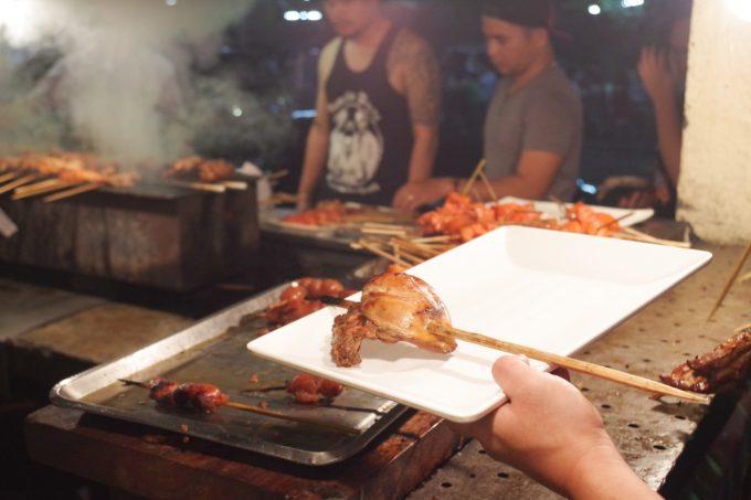 マティアスで肉を選んでいる写真