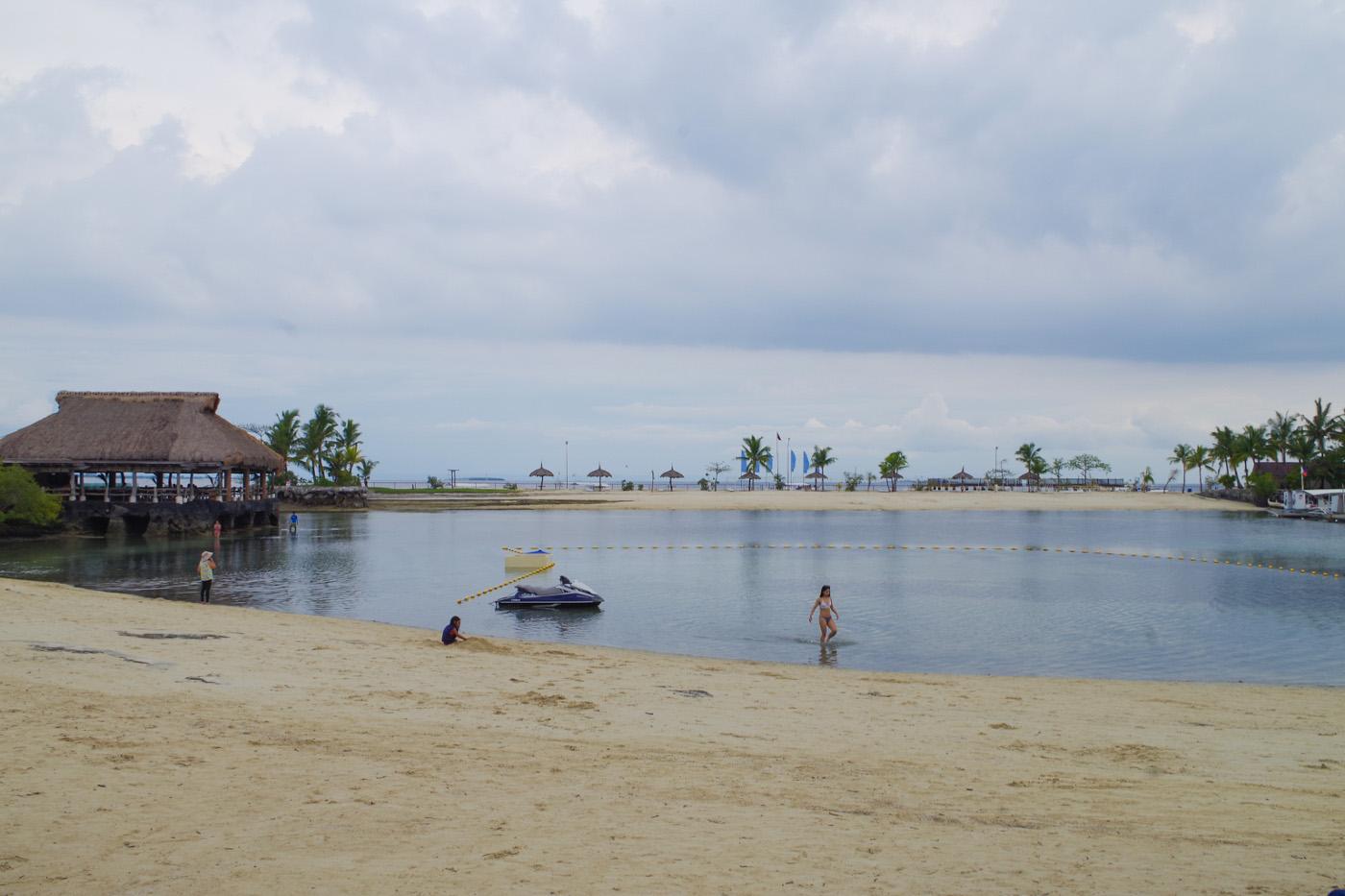 マリバゴブルーウォーターのビーチ