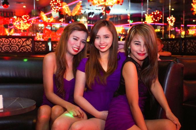 KTVの女の子3人