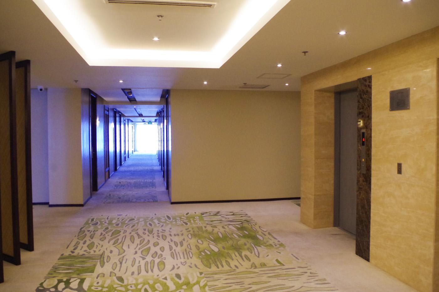 マアヨーホテルの廊下