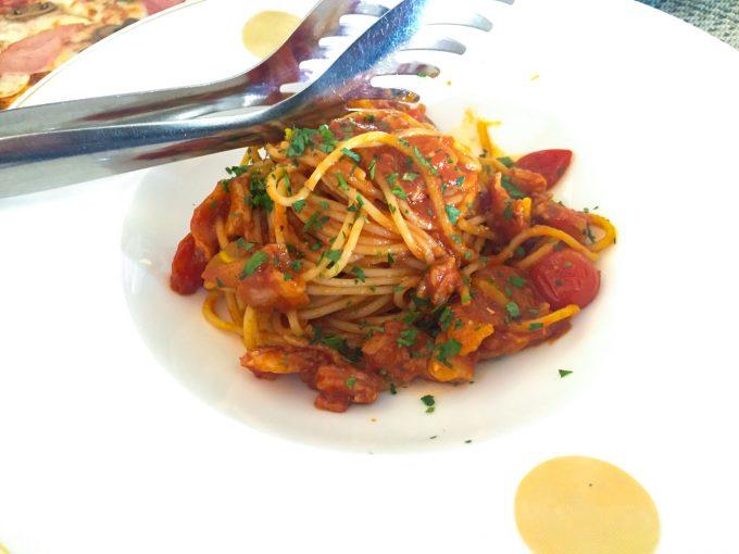アクアのカニのトマトパスタ