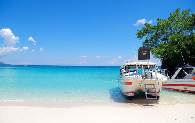 クリムゾンボラカイのビーチ