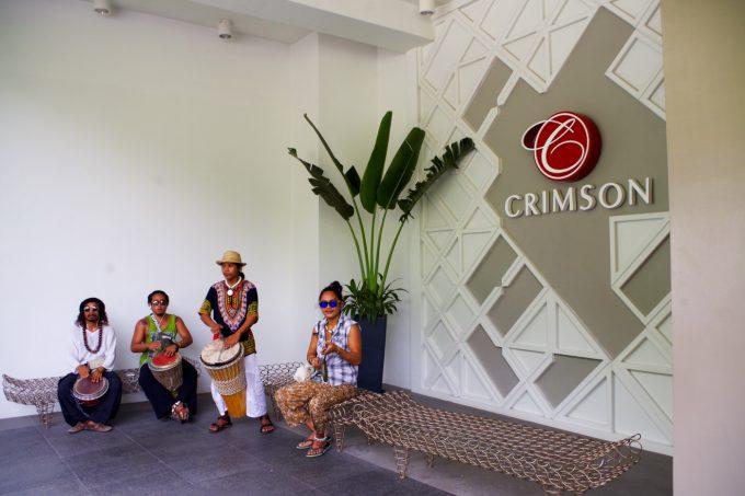 クリムゾン・ボラカイの歓迎
