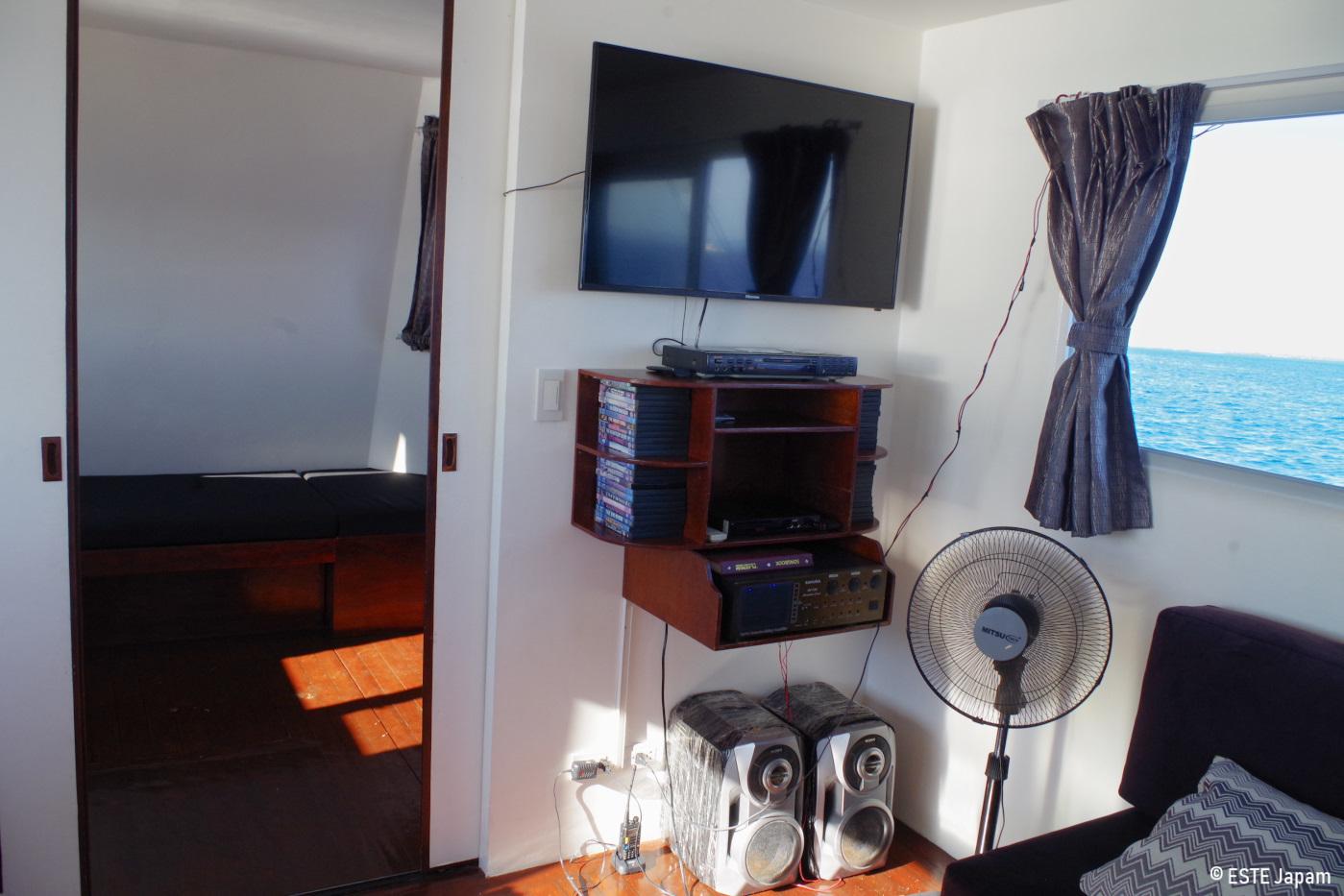ラグジュアリーボートの音響とTV