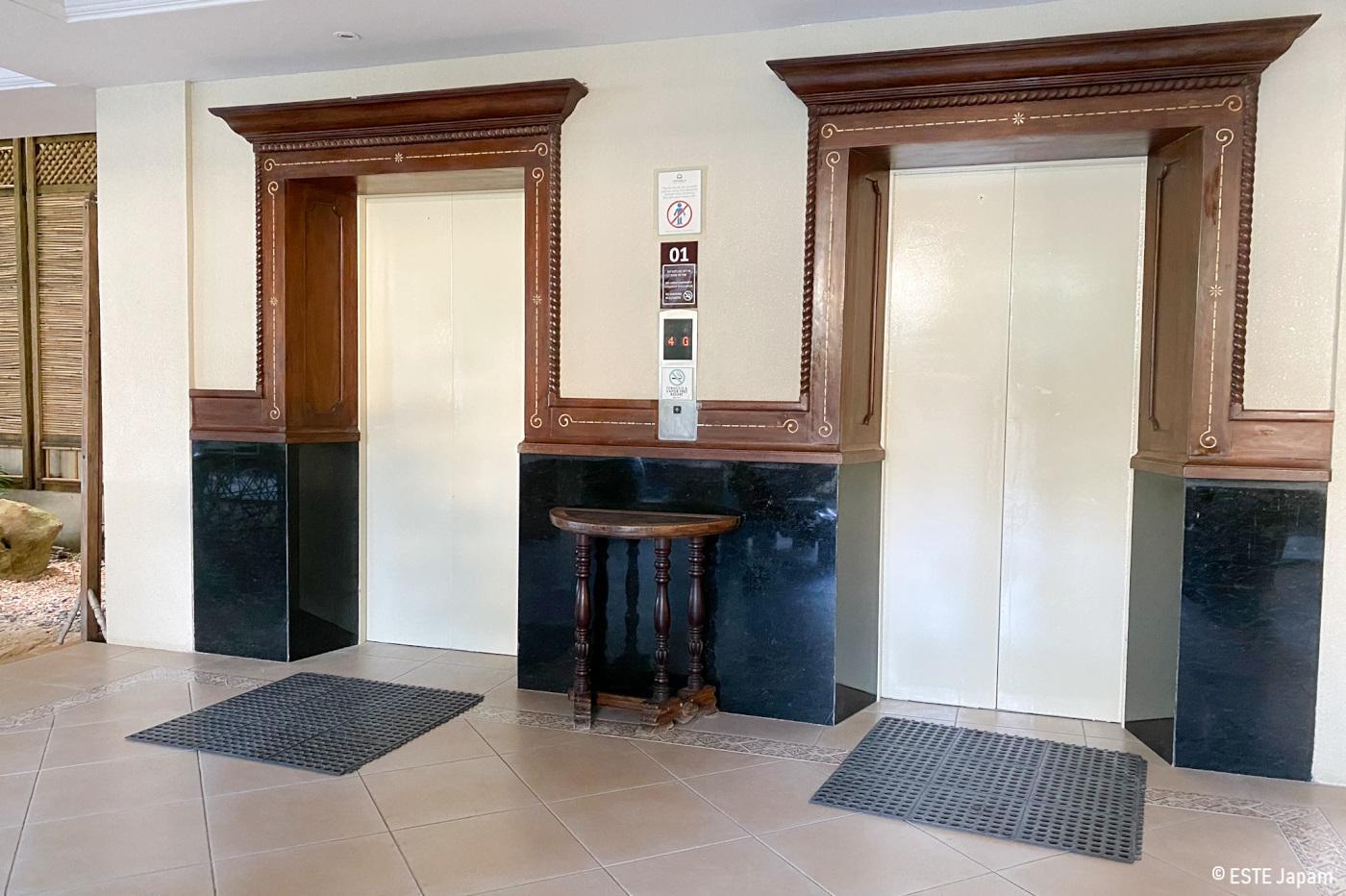 コスタベラホテルのエレベーター