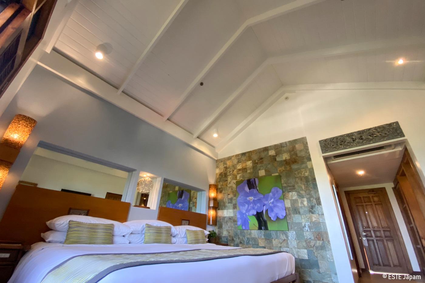 コスタベラホテルのプールサイドの部屋