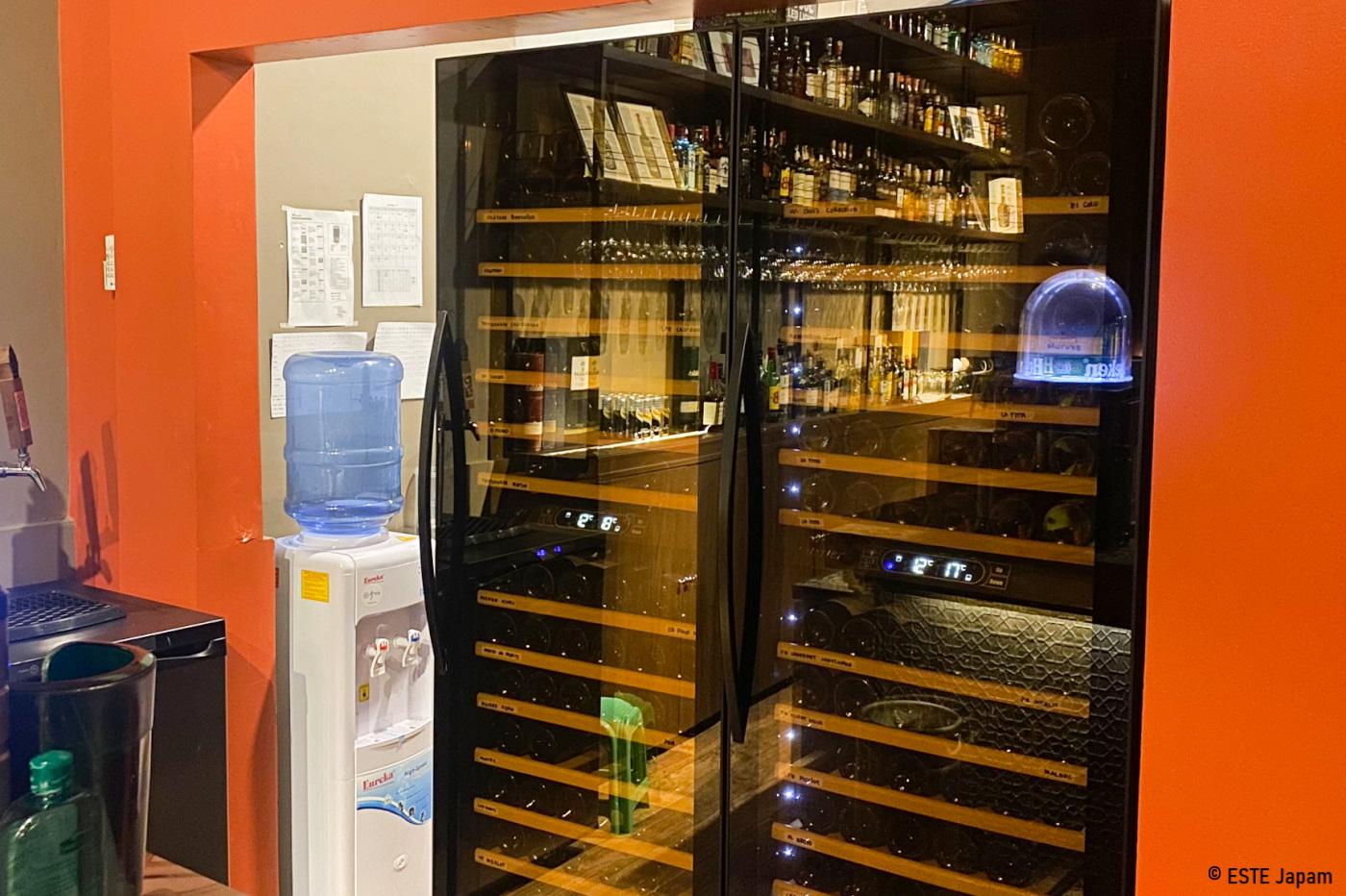 アメサのワイン貯蔵庫